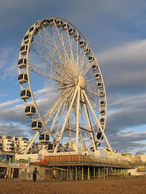 Brighton_Wheel,_Madeira_Drive,_Brighton_(Geograph_Image_2638053_0f9e60e4)